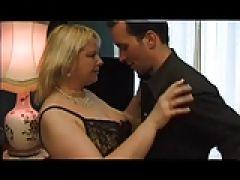 Blonde Oma beim Sex mit grossen Titten