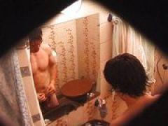 Schwanz wichsen vorm Spiegel